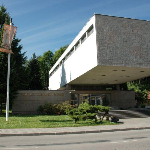 Múzeá a galérie