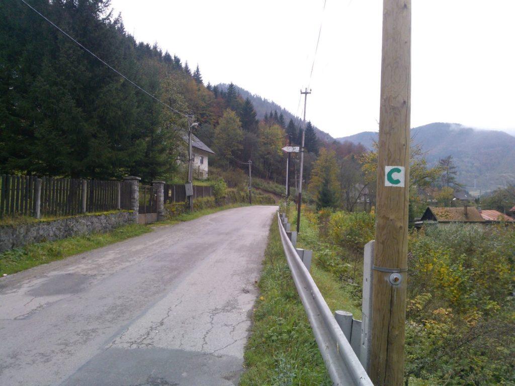 Ľubochnianskou dolinou s deťmi 03
