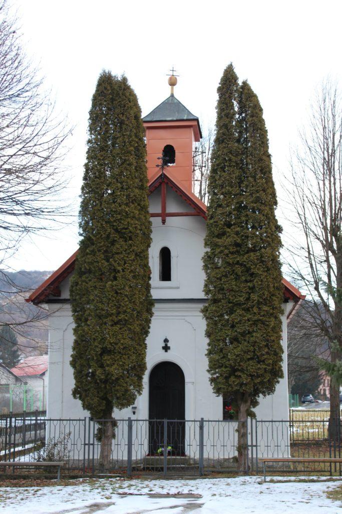 Kaplnka Liptovské Sliače - Nižný, pri cintoríne