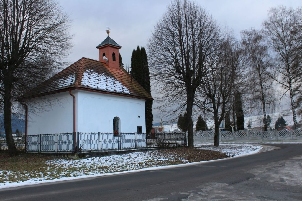 Kaplnka Liptovské Sliače - Nižný, pri cintoríne 13