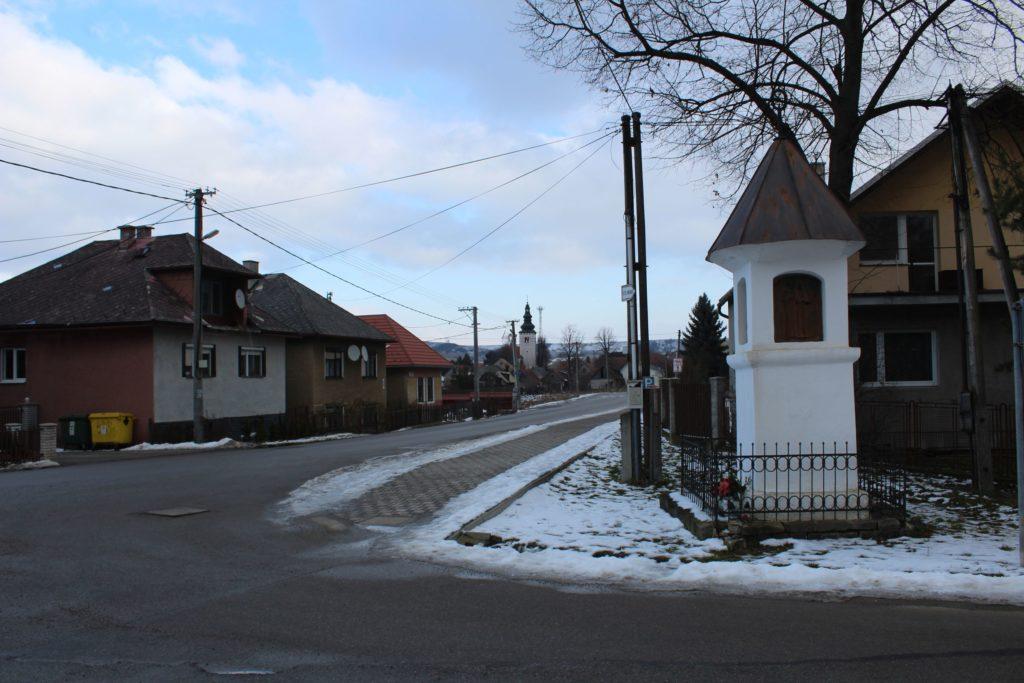 Kaplnka Liptovské Sliače - Stredný, križovatka Školská - K Medokýšu