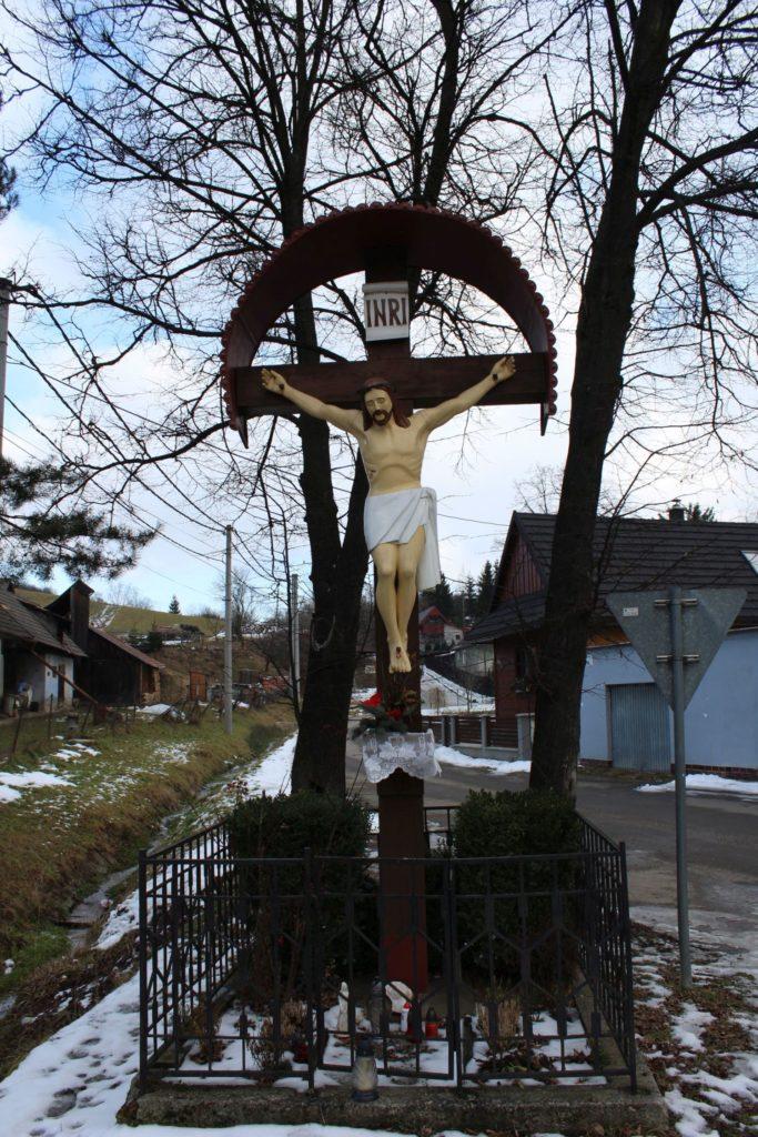 Kríž Liptovské Sliače - Nižný, križovatka Hlavná - Záhumnie 03