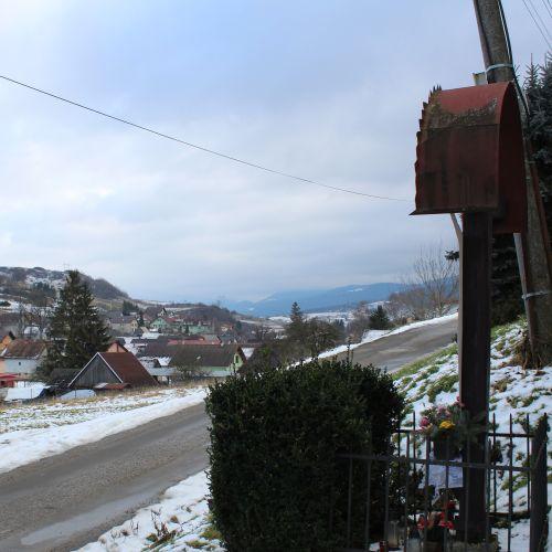 Kríž Liptovské Sliače – Nižný, ulica Jarná
