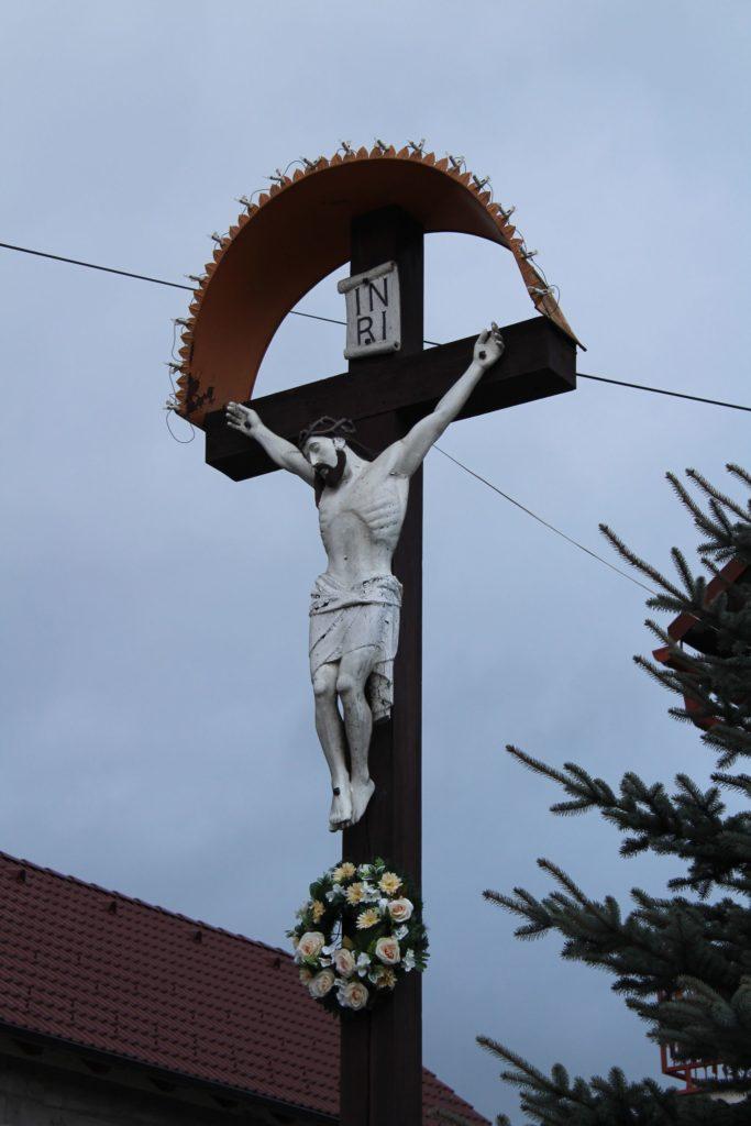 Cross of Liptovské Sliače - Stredný, Pažite