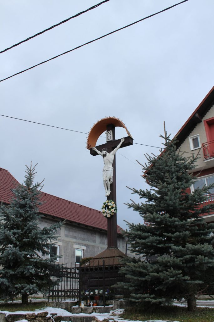 Kríž Liptovské Sliače – Stredný, Pažite