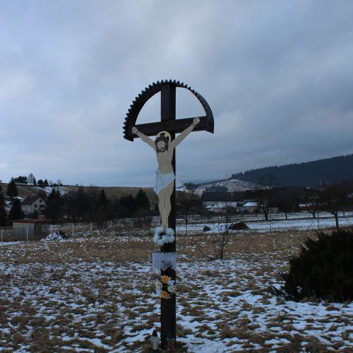Kríž Liptovské Sliače – Stredný, pri cintoríne