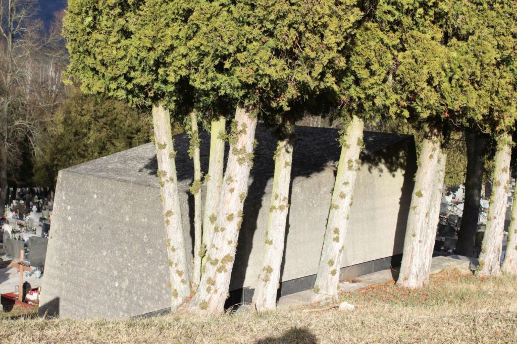 Hrobka Ľudovíta Fullu 06