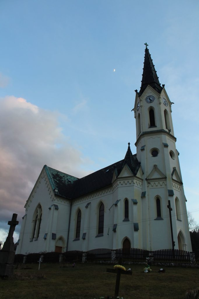 Kostol Panny Márie Ružencovej v Černovej 03