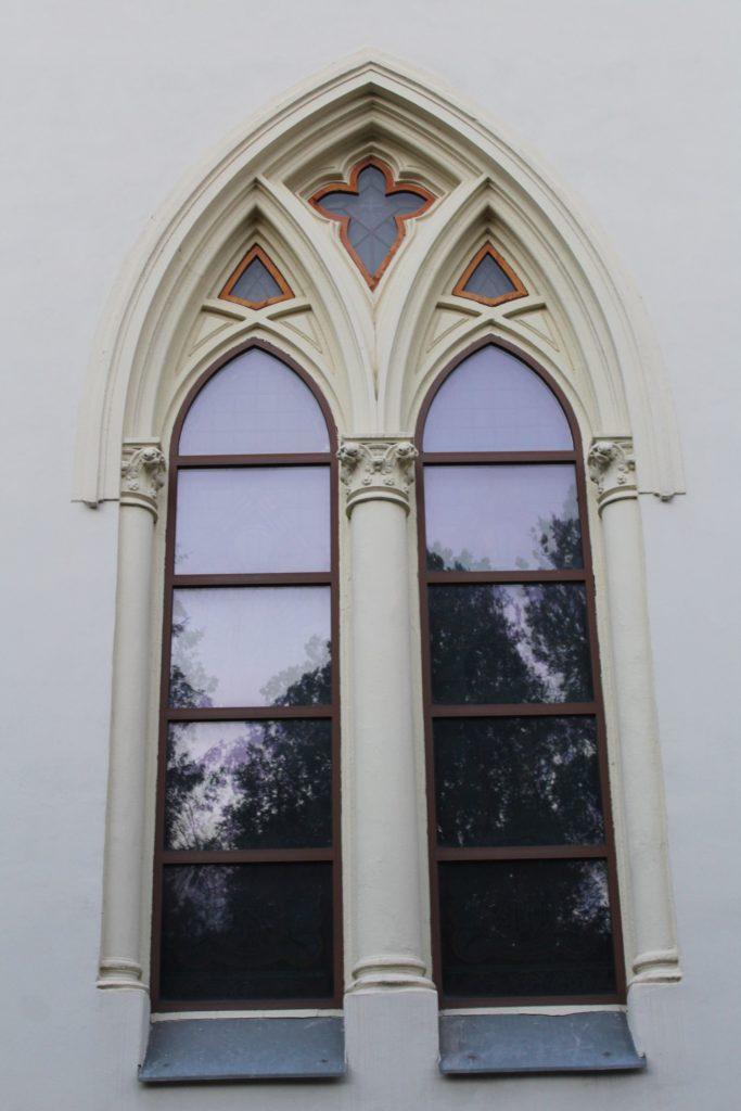 Kostol Panny Márie Ružencovej v Černovej 15