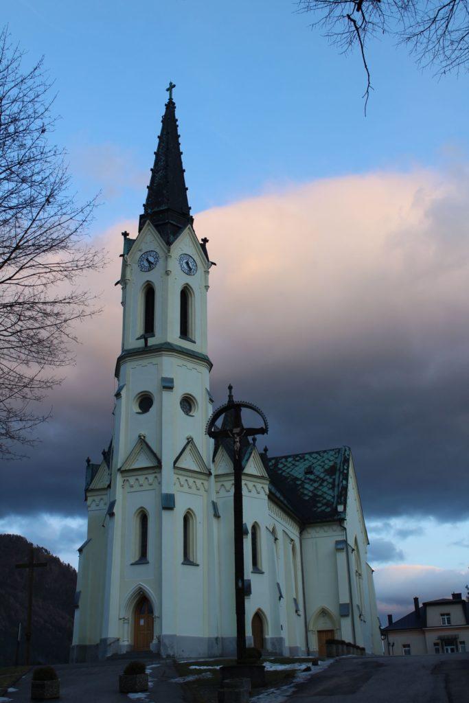 Kostol Panny Márie Ružencovej v Černovej 23