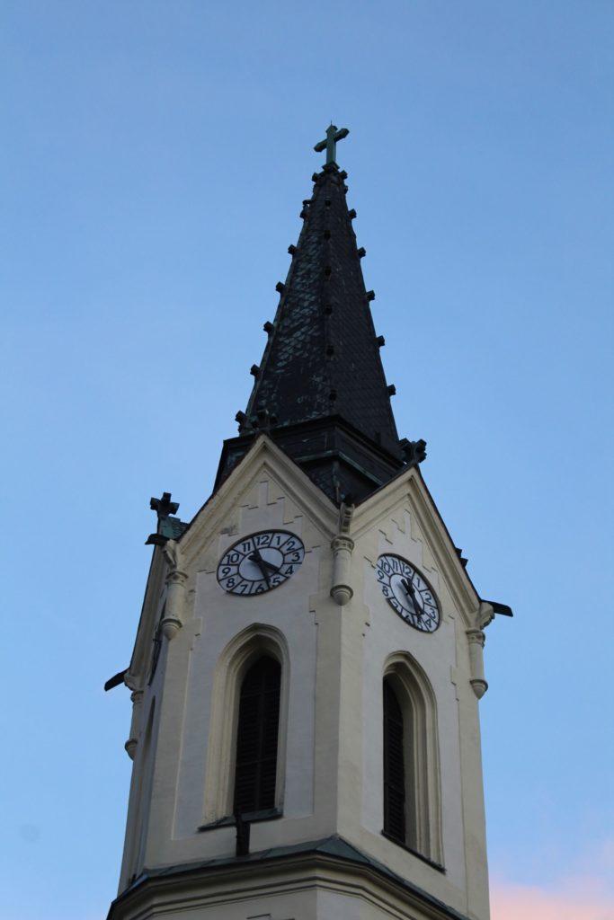 Kostol Panny Márie Ružencovej v Černovej 25