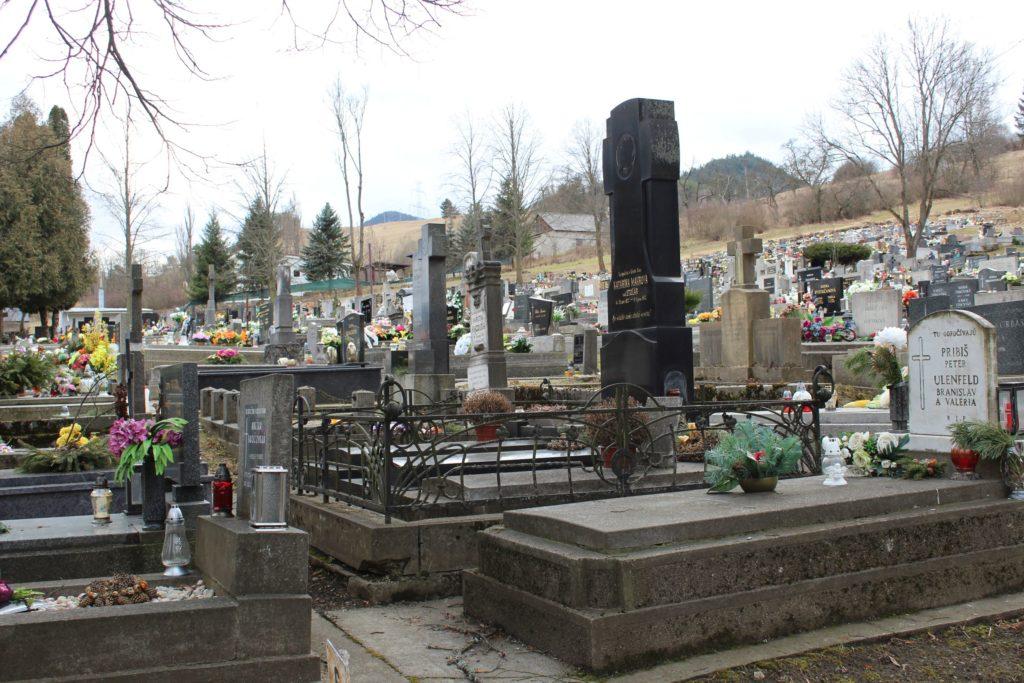 Mestský cintorín v Ružomberku 03