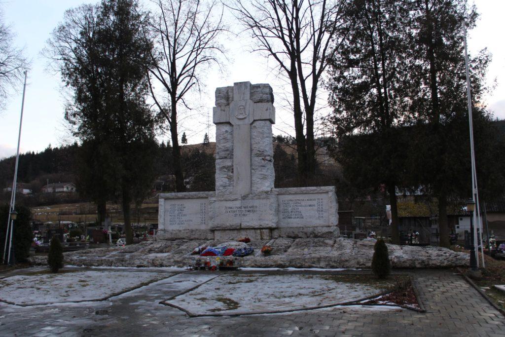 Pamätník černovských martýrov 01