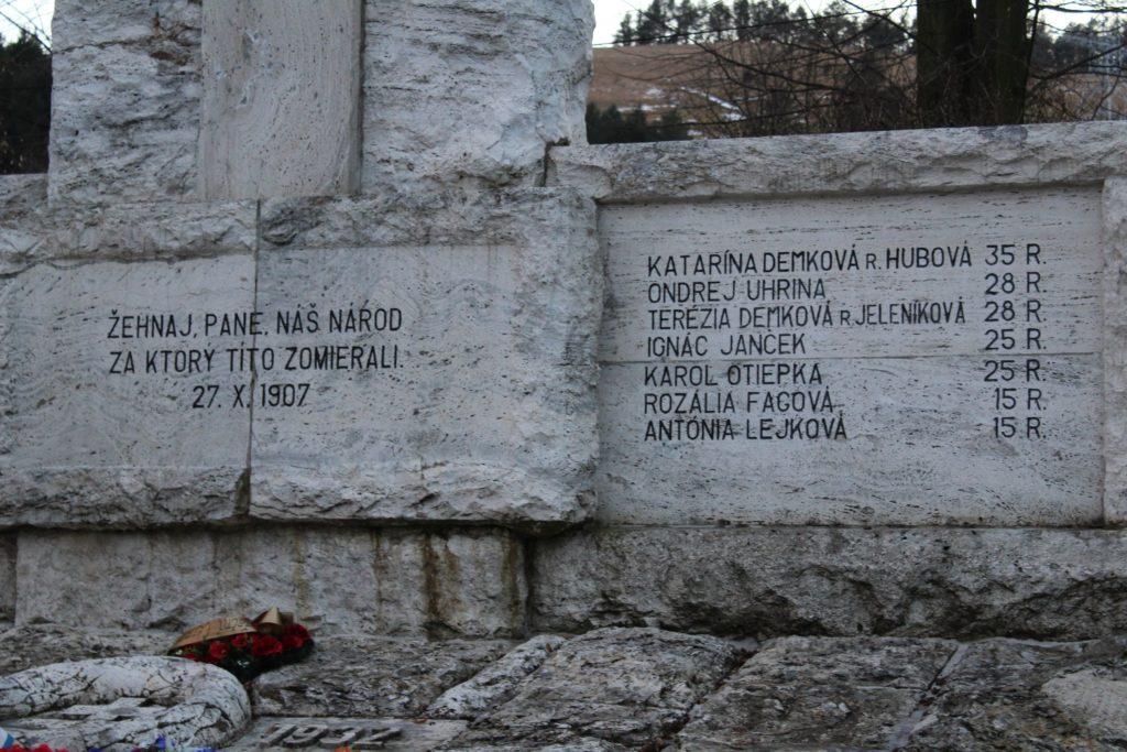 Pamätník černovských martýrov 04