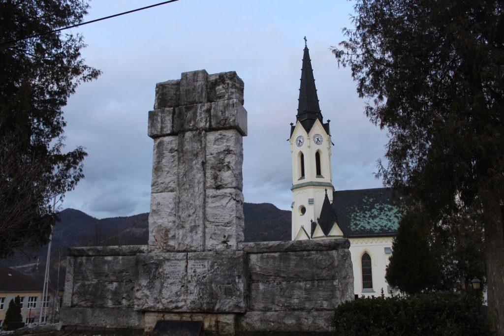 Pamätník černovských martýrov 07