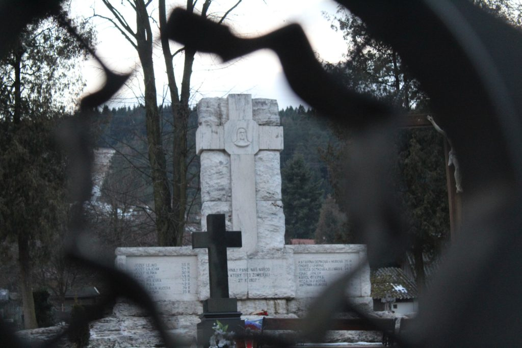 Pamätník černovských martýrov 11