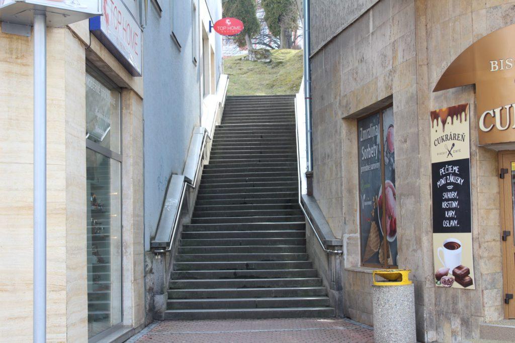 Ružomberské schody - schody na Mostovej ulici 02