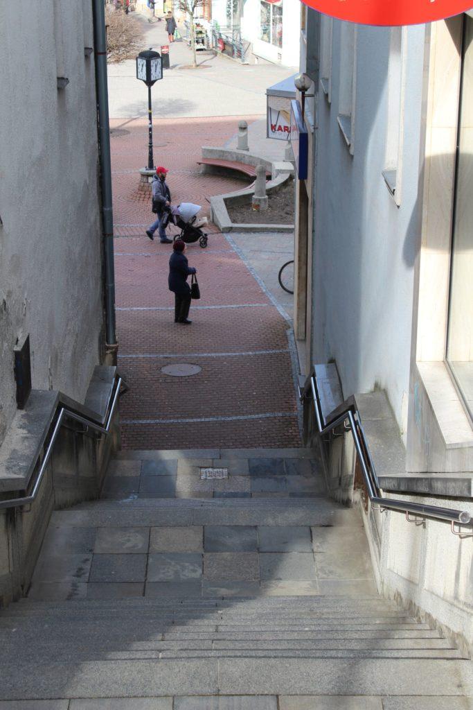 Ružomberské schody - schody na Mostovej ulici 05