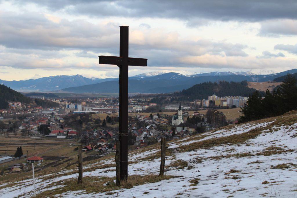 Kríž Černová, Lanoviská 03