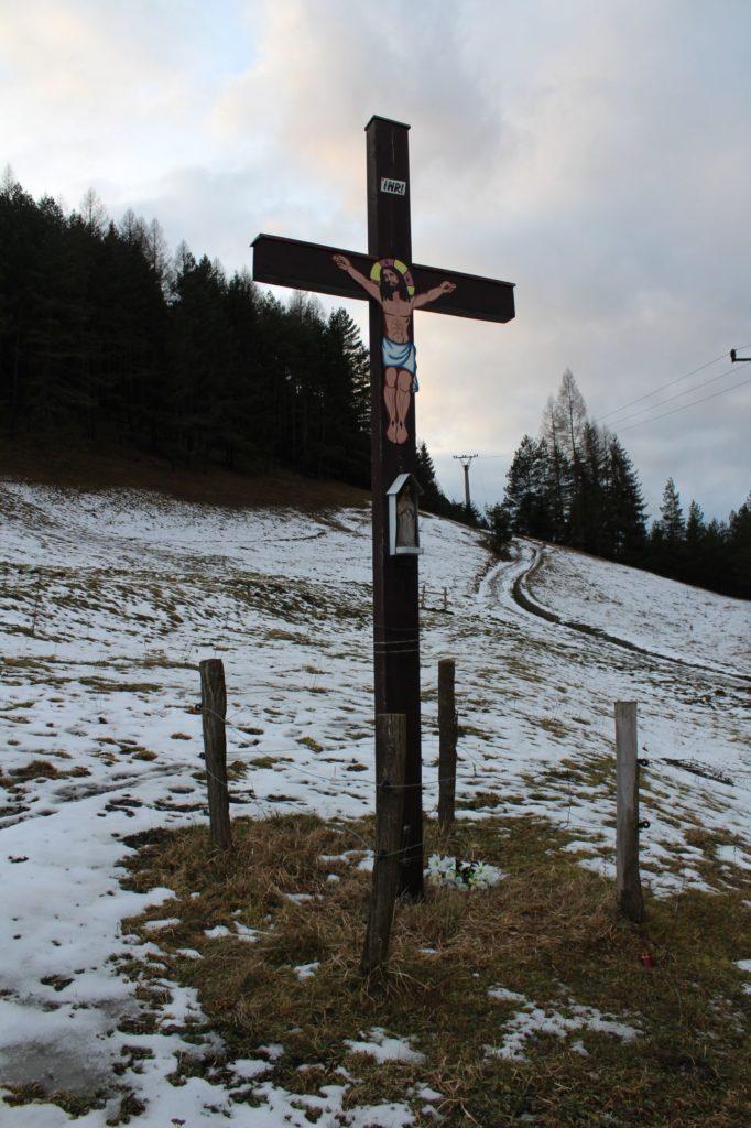 Kríž Černová, Lanoviská 05