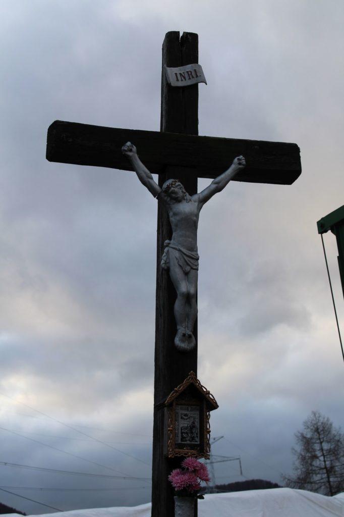 Kríž Černová, Zrázy 01