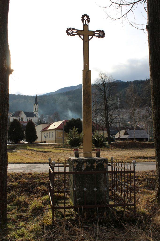 Kríž Černová, ulica Pri Váhu 05