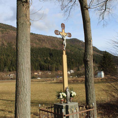Kríž Černová, ulica Pri Váhu