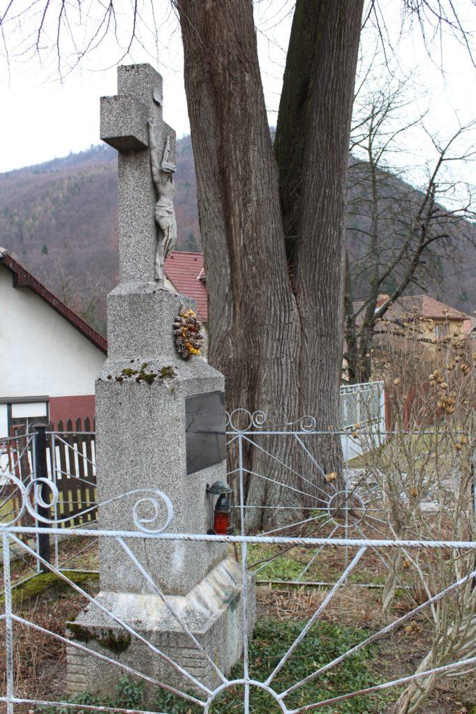 Kríž Ľubochňa, ulica Bahurina 02