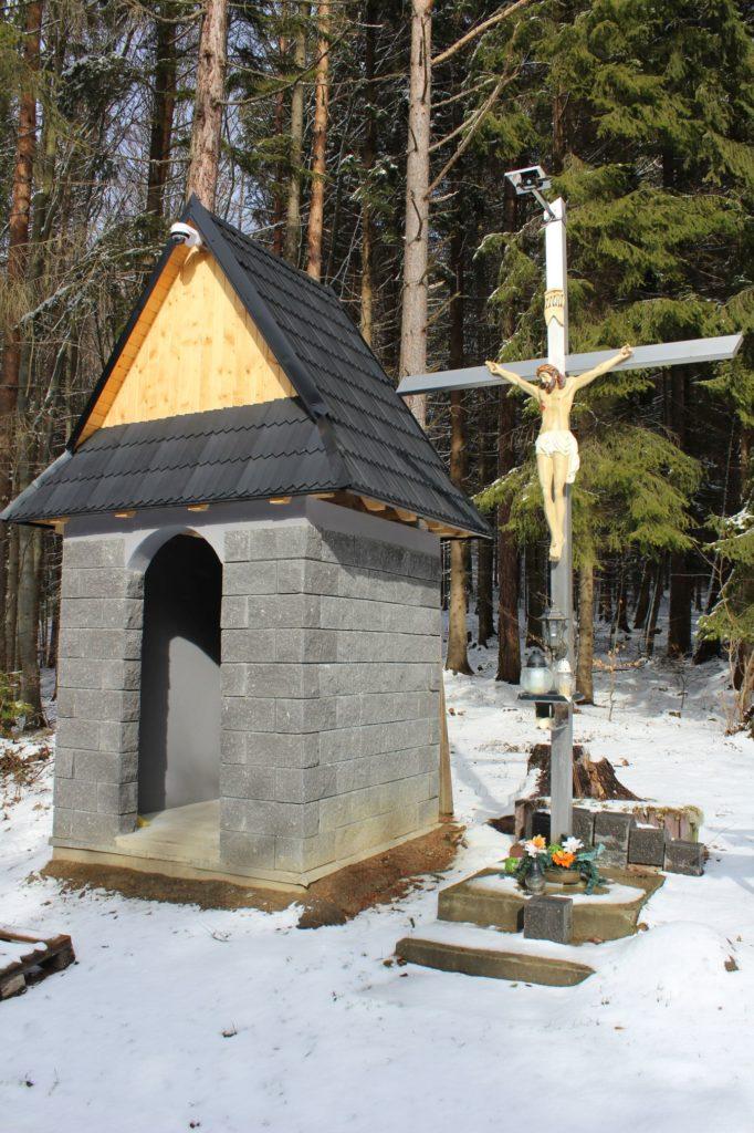 Kríž Hrboltová, Roveň 02