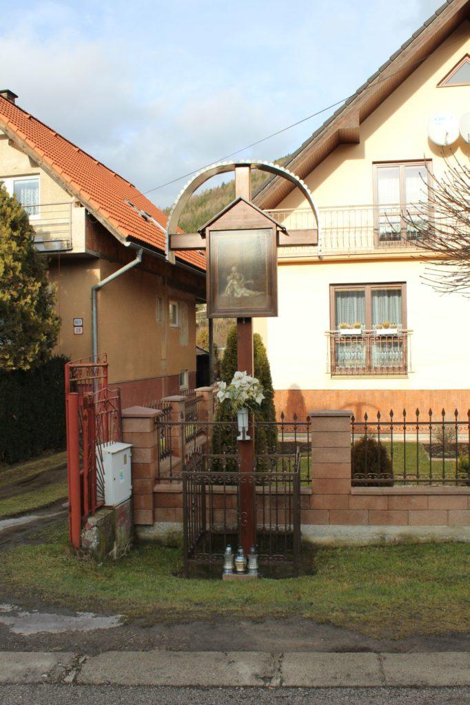 Kríž Nová Černová, ulica Pri Váhu 05