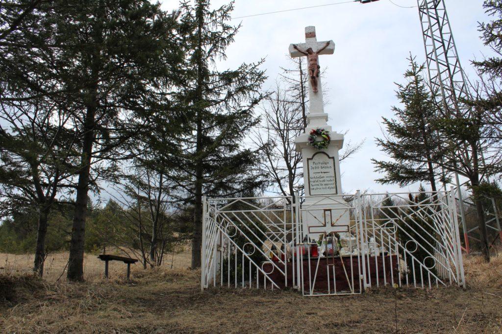 Kríž Valaská Dubová, sedlo Brestová 06