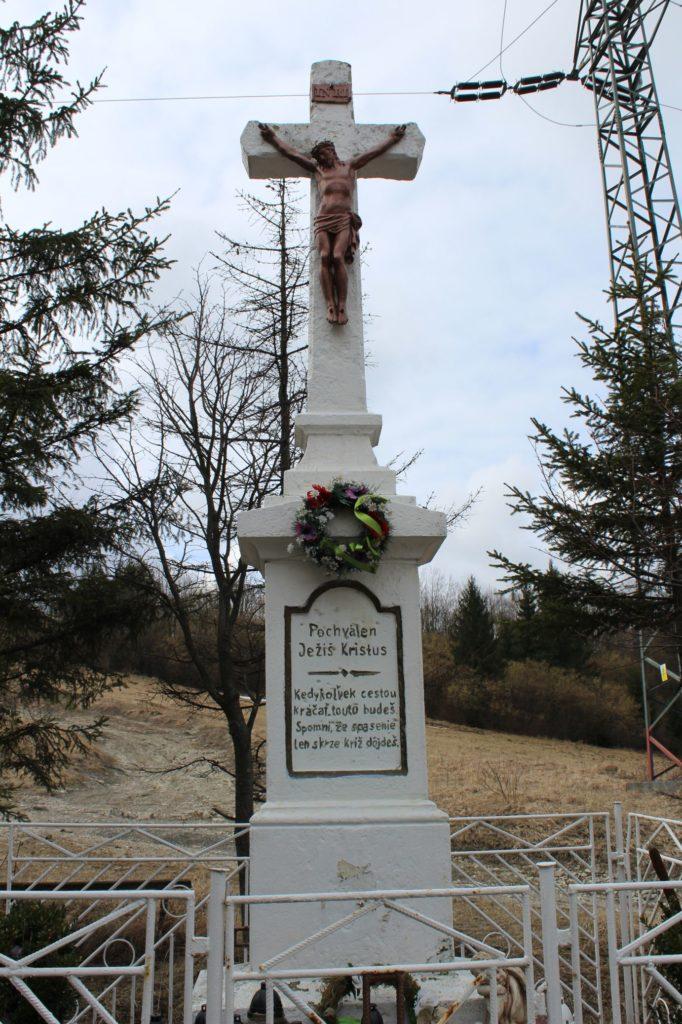 Kríž Valaská Dubová, sedlo Brestová 07