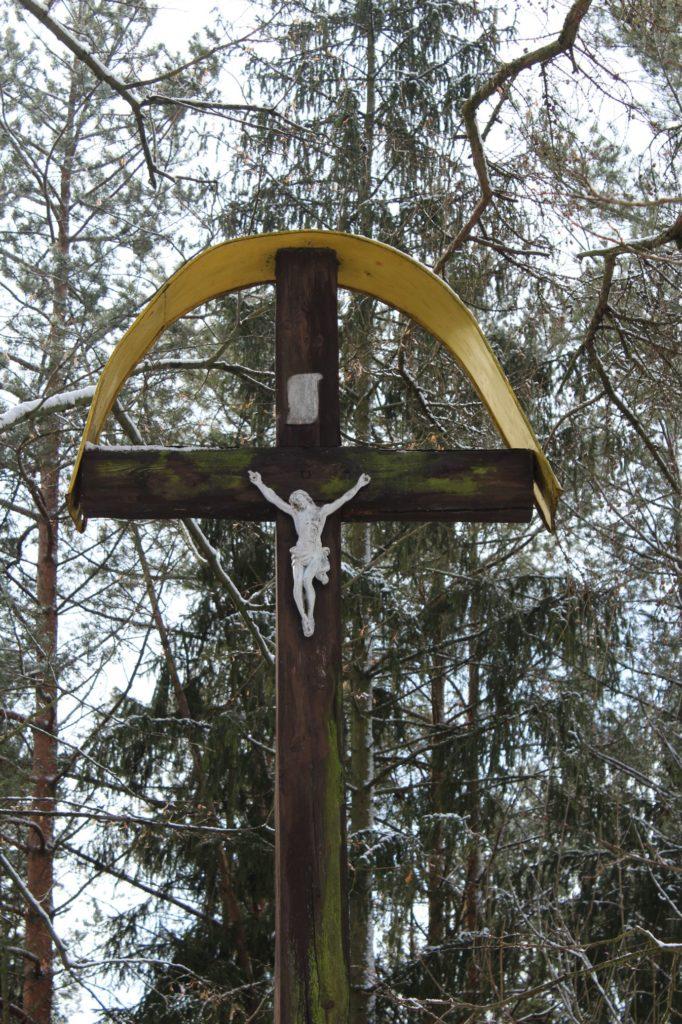 Kríž na Diele Hrboltová, pod hradiskom 02