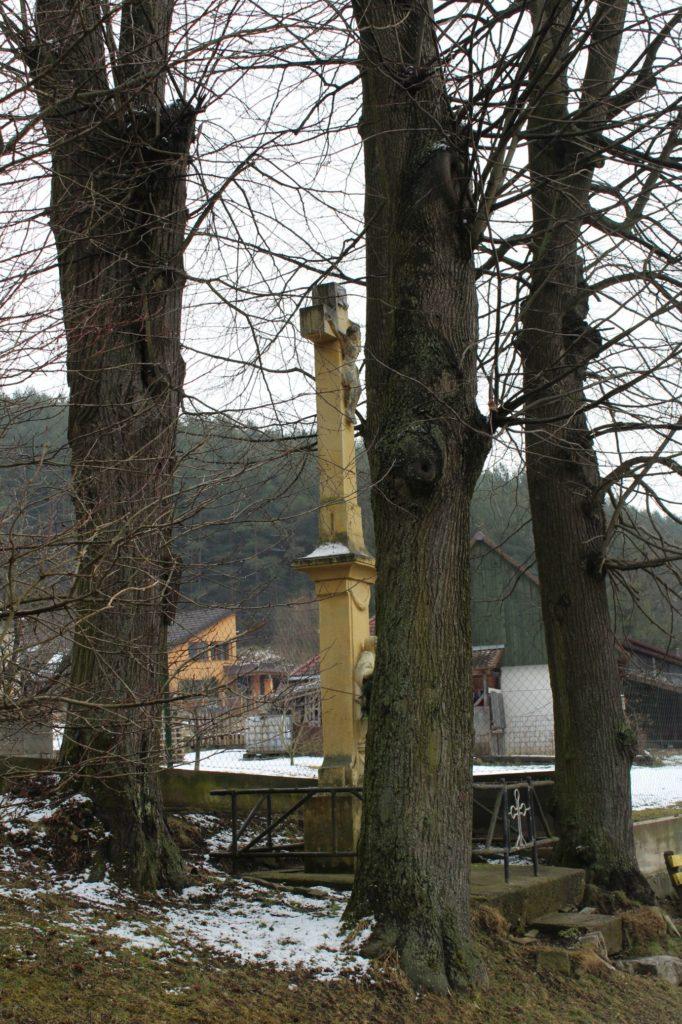 Kríž pri mlyne Hrboltová 06