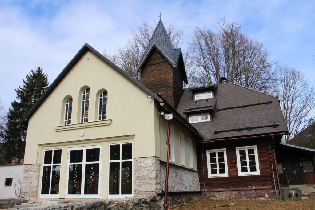 Kaplnka Biely Potok, Trlenská dolina Jezuitská zotavovňa 04