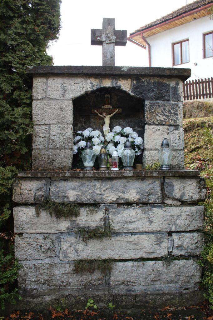 Kaplnka Lúčky, križovatka Slobody - Cintorínska 04