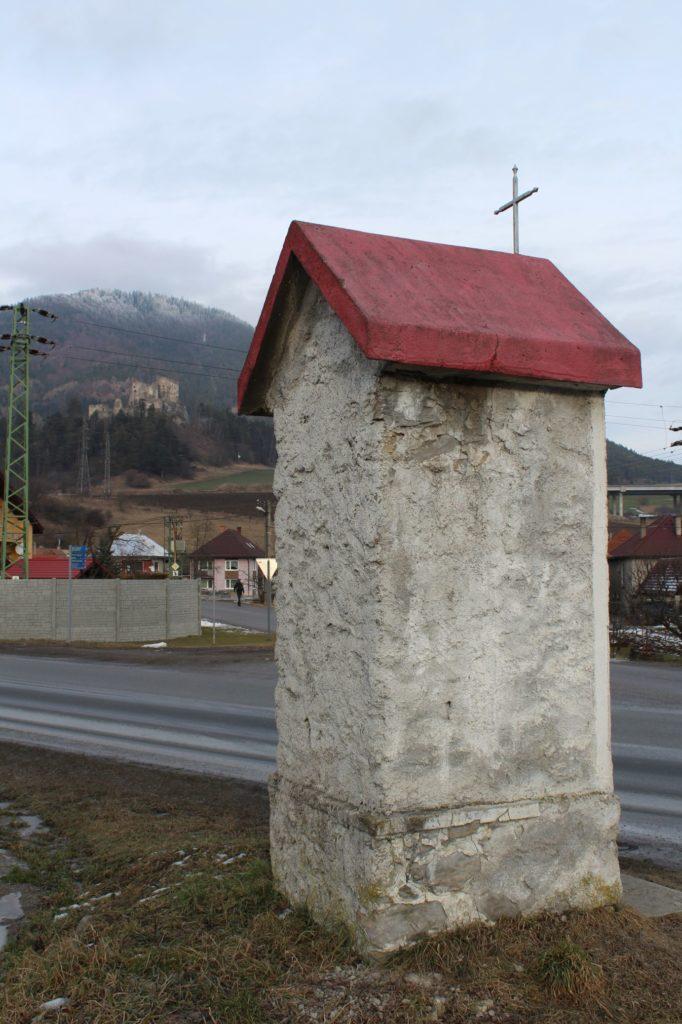 Kaplnka Likavka, križovatka J. Hollého - Pod Hradom 06