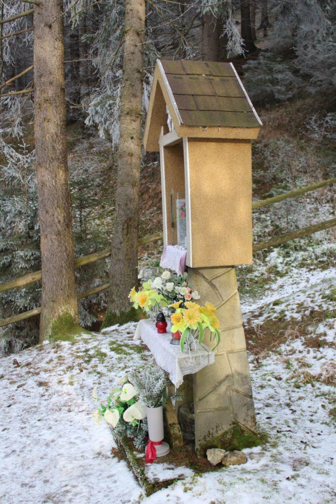Kaplnka Liptovské Sliače - Stredný, ústie Sliačskej doliny 06