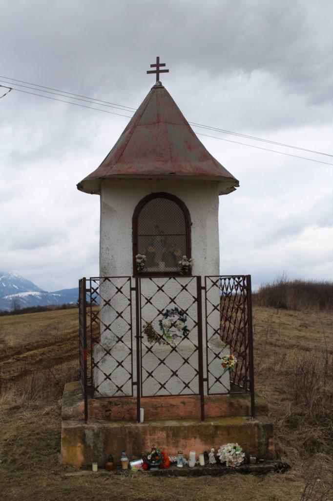 Kaplnka Liptovské Sliače - Vyšný, sedlo Čertovica 03