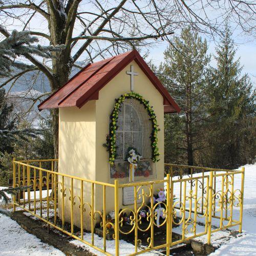 Kaplnka Sedembolestnej Panny Marie Hrboltová, Hruštie