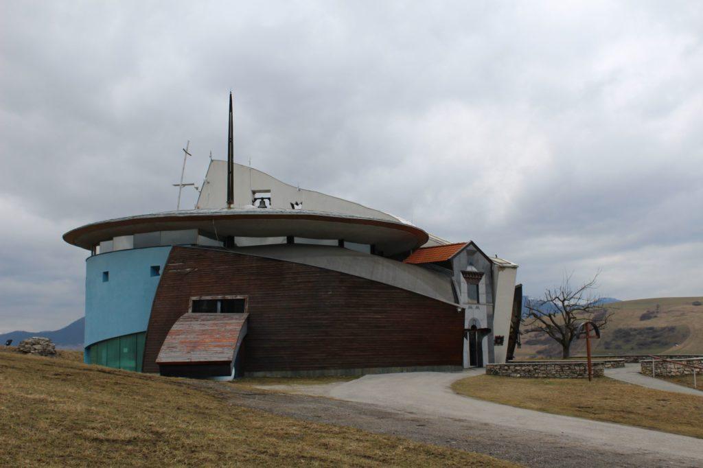 Kostol Dvoch sŕdc v Liptovských Sliačoch 17