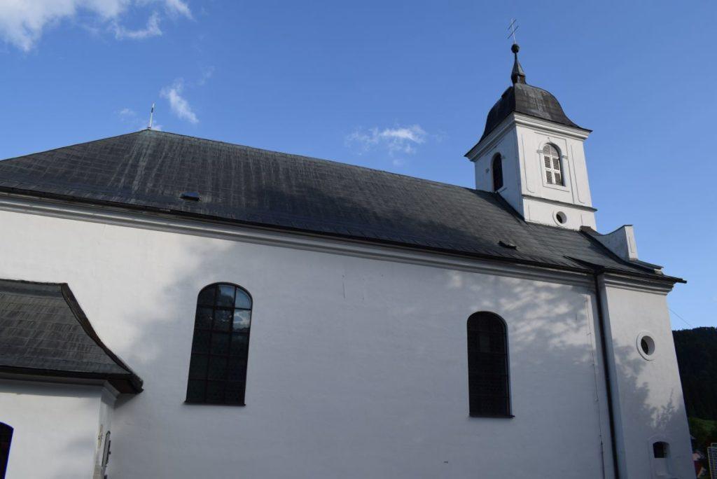 Kostol Obetovania Pána v Liptovských Revúcach 02
