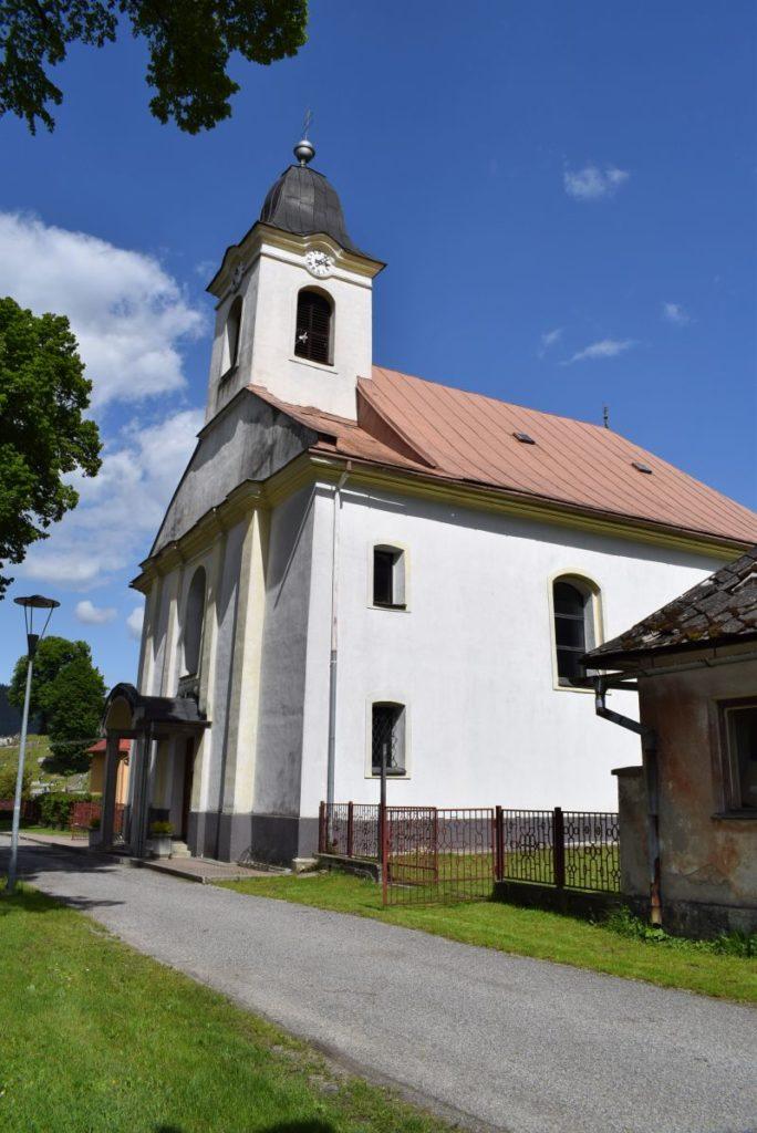 Kostol Povýšenia sv. Kríža v Hubovej 02