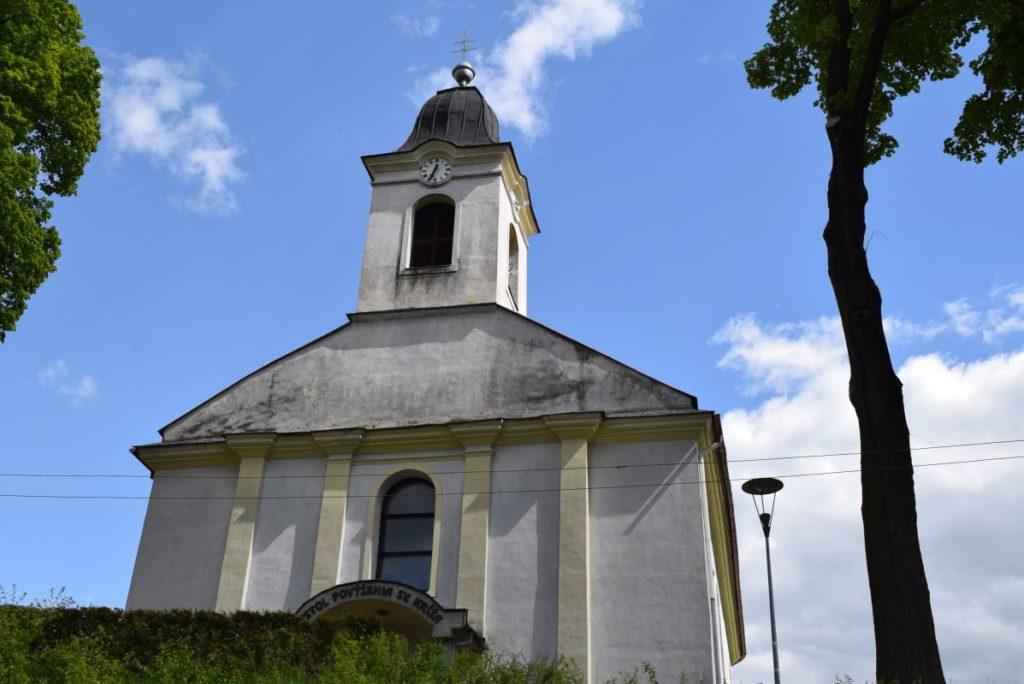 Kostol Povýšenia sv. Kríža v Hubovej 04