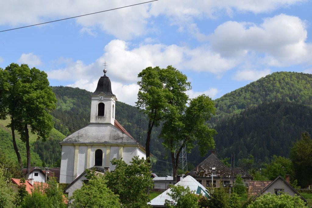 Kostol Povýšenia sv. Kríža v Hubovej 08