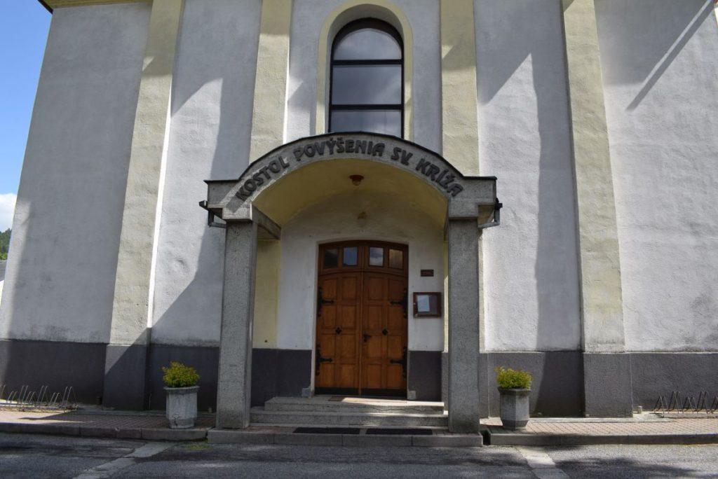 Kostol Povýšenia sv. Kríža v Hubovej 11