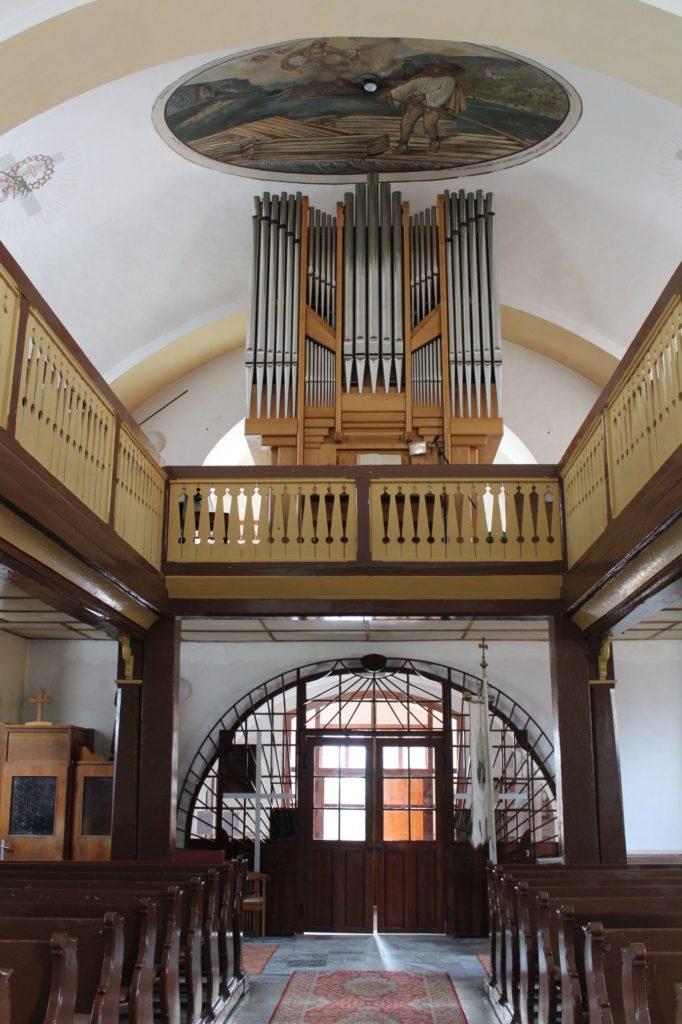 Kostol Povýšenia sv. Kríža v Lúčkach 09