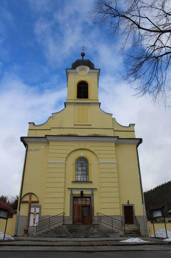 Kostol Povýšenia sv. Kríža v Lúčkach 16