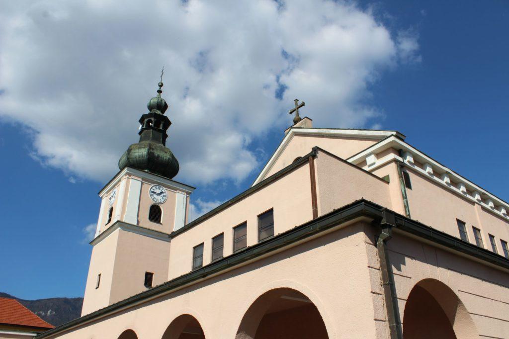 Kostol Premenenia Pána v Liskovej 10