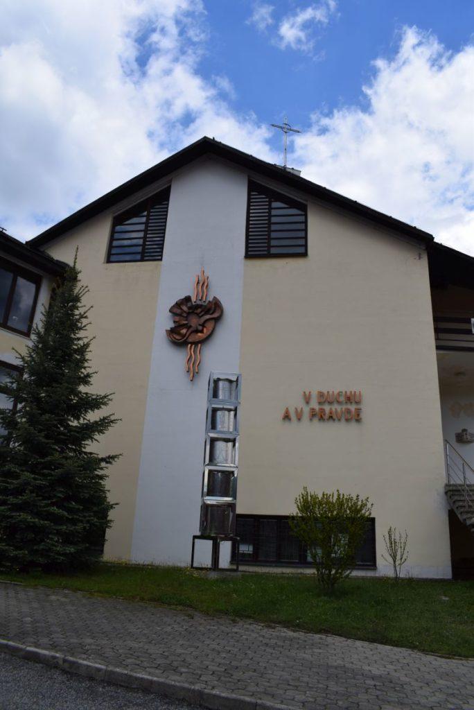 Kostol Sedembolestnej Panny Márie v Švošove 02